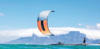 Jak zacząć przygodę z kitesurfingiem?