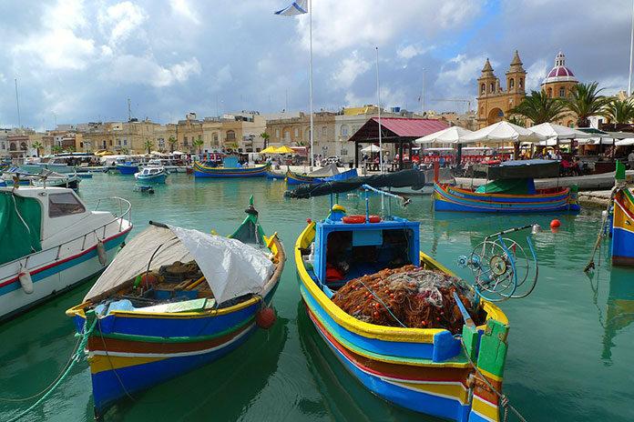 Dubaj, Malta, Grecja czy Bali? 4 propozycje na wakacje jesienią